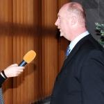 S reportérkou výřez čtverec 150px